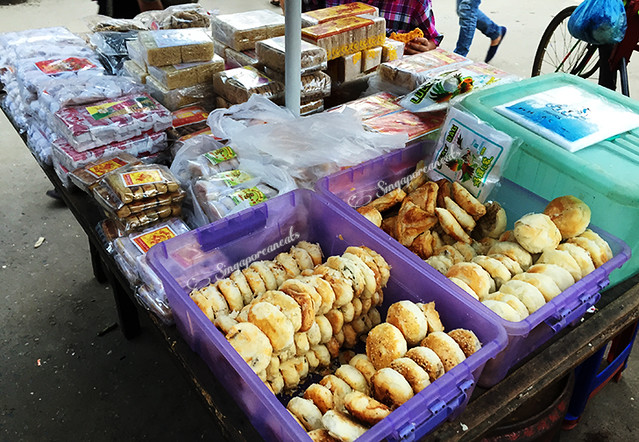 Yangon Chinatown - Chinese biscuits