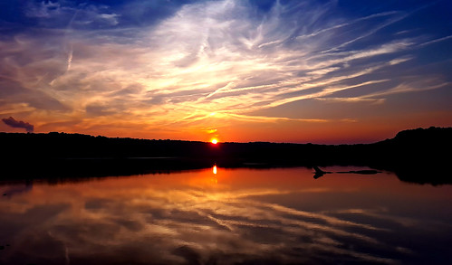 reflection photography northcarolina sunrisesunsetsceniccloudssky sunrisesunsetscenicnaturelakeoutdoorstravelexploreweathercolorfulbeautiful