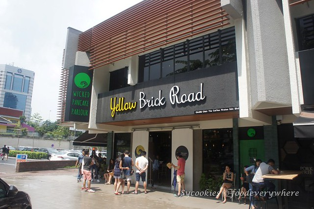 1.Yellow Brick road cafe