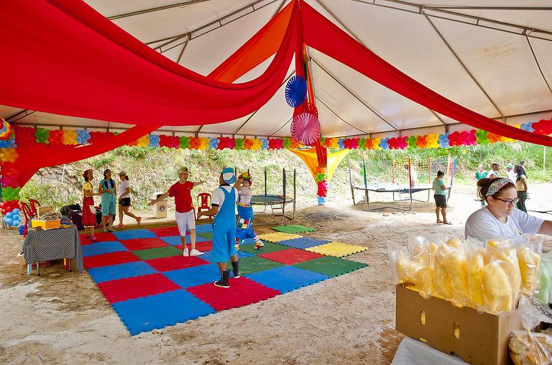Yacht promove festa para crianças da Vila Brandão