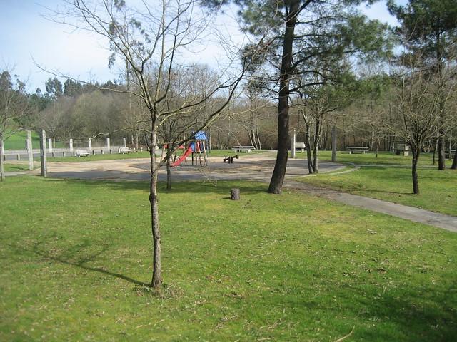 Área recreativa de Ponte Carballa entre Mesía y Frades