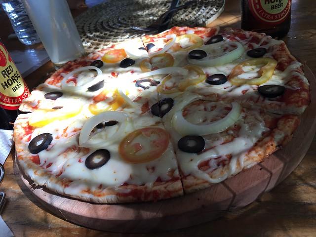 CHEZ TONTONのマルゲリータピザ