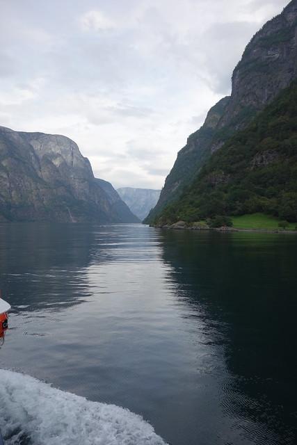 Bootsfahrt durch den Nærøyfjord