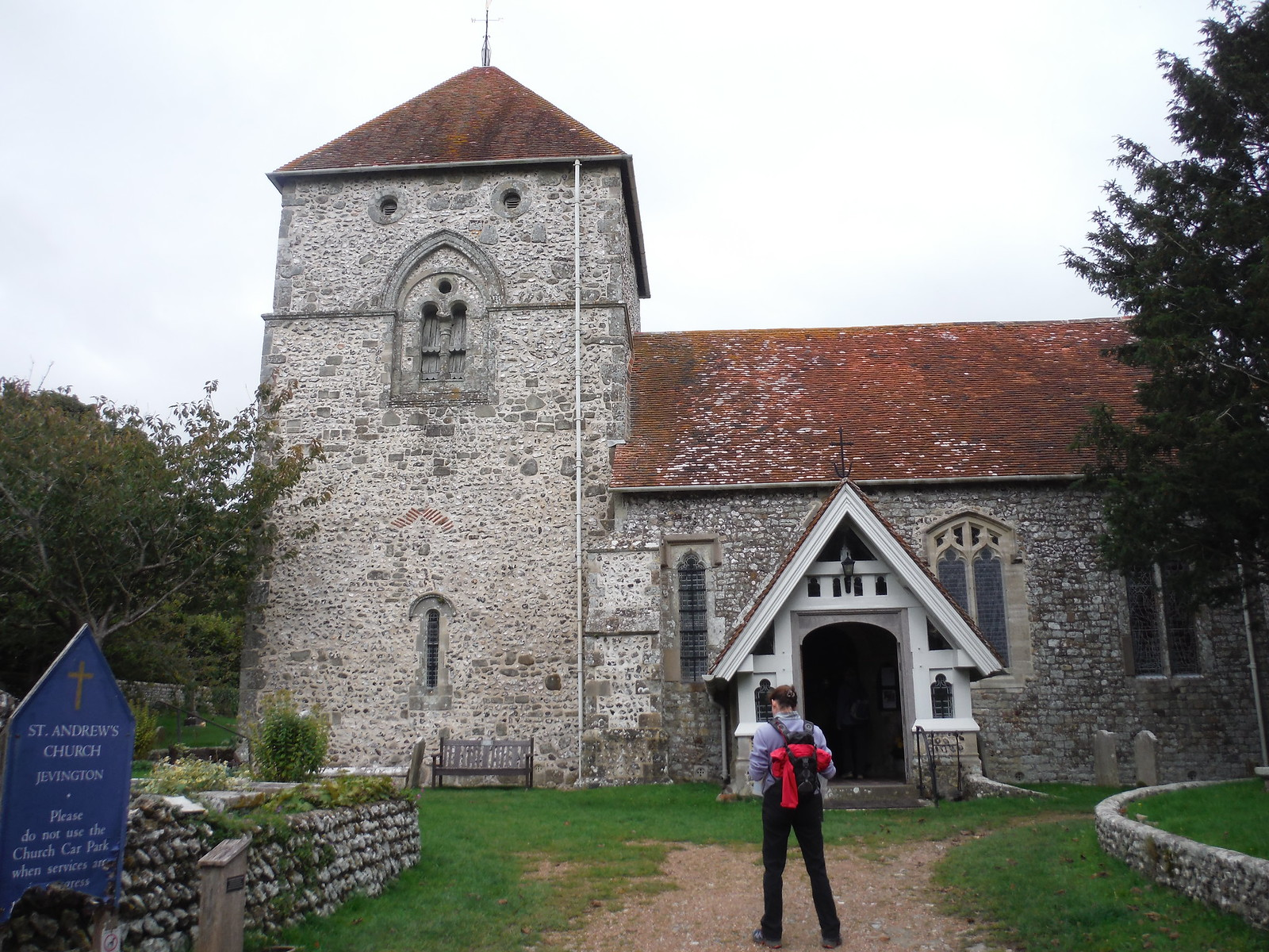 St. Andrew's, Jevington SWC Walk 25 - South Downs Way 8 : Southease to Eastbourne