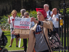 Dual Yes and No protest against Assisted Dying Bill - 16.01.2015 -110573.jpg
