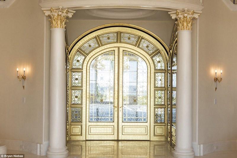 Золотые двери в дом