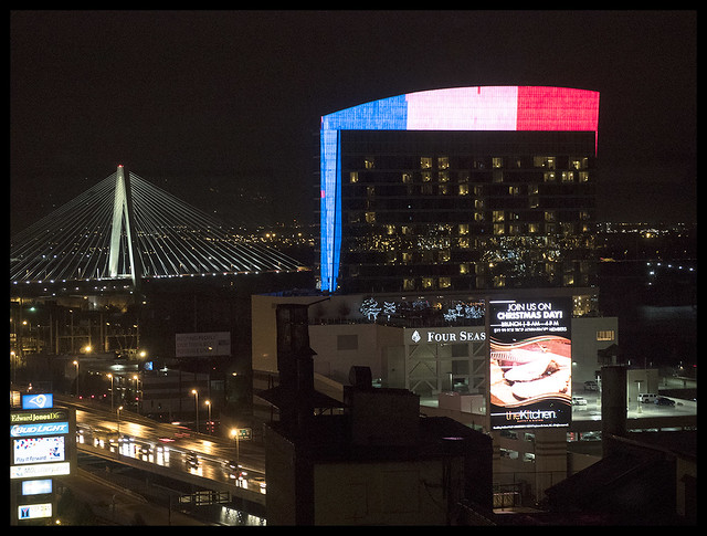 Lumiere With French Flag 2015-11-16 2