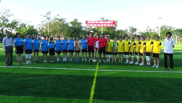 Giải bóng đá giáo viên trường THPT Bình Sơn
