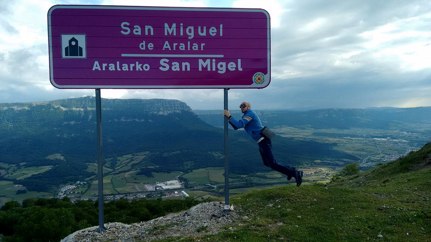 Cartel de San Miguel de Aralar