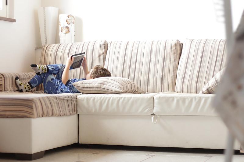 La mamma casalinga il divano bianco mammachevita - Pulire la pelle del divano ...