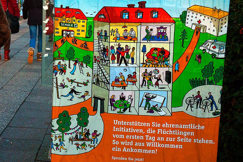Aus Fluchtlingen werden Nachbarn--Berlin (detail)