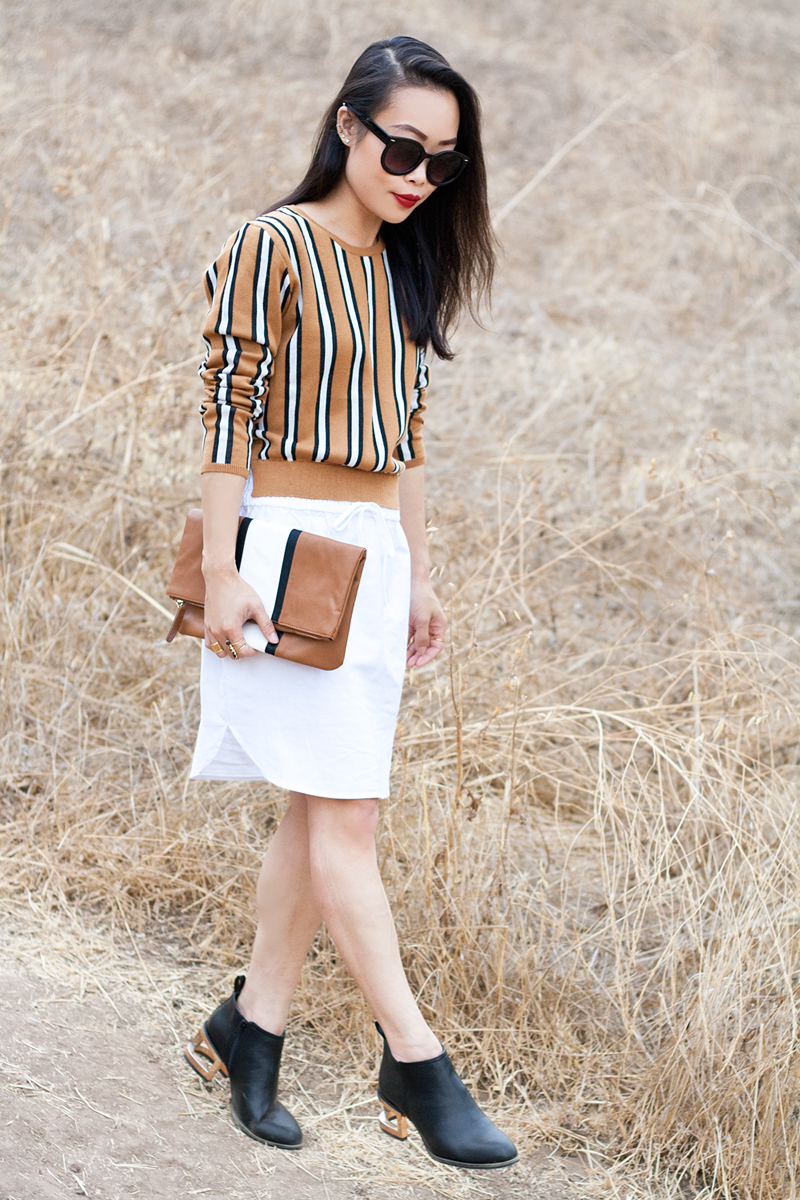 04-stripes-sweater-clutch-cutout-booties-sf-fashion-style