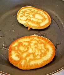 junk food, hotteok, food, dish, syrniki, cuisine, potato pancake, pancake,
