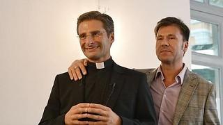 Rutigliano-Caso Charamsa e omosessualità-Il vescovo Charamsa e il suo fidanzato
