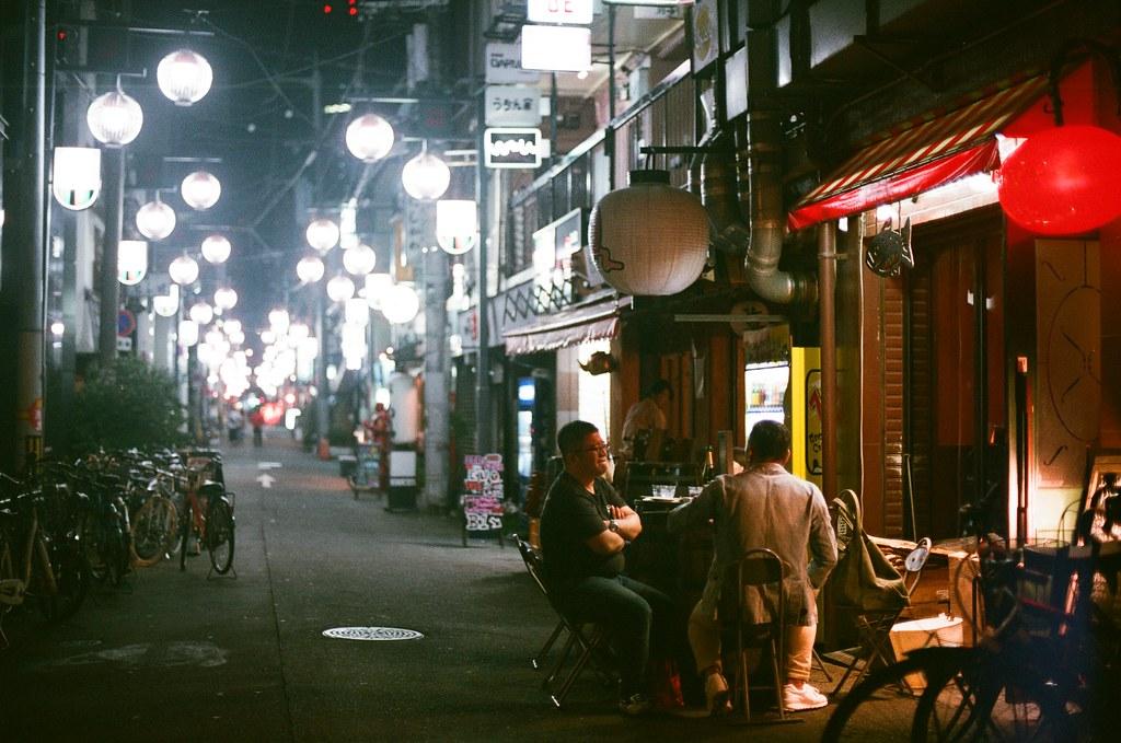 大阪 Osaka, Japan / AGFA VISTAPlus / Nikon FM2 2015/09/20 抵達大阪的晚上  Nikon FM2 Nikon AI Nikkor 50mm f/1.4S AGFA VISTAPlus ISO400 Photo by Toomore