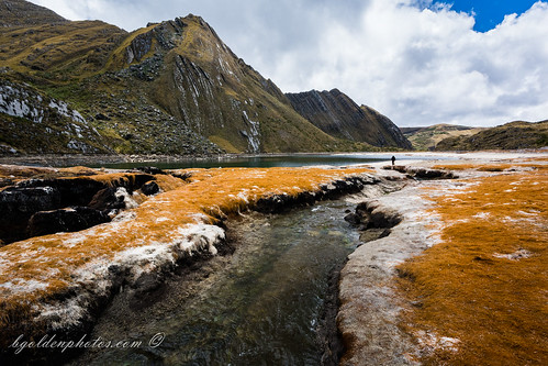 lake mountains peru laguna cajamarca cajabamba bgoldenphotoscom quengococha kengococha