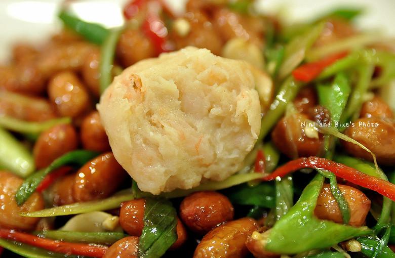 徠圍爐台中酸菜白肉鍋30