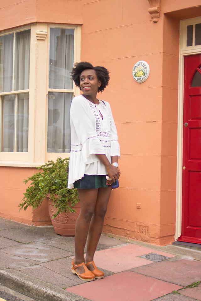 How to wear a boho 70s blouse
