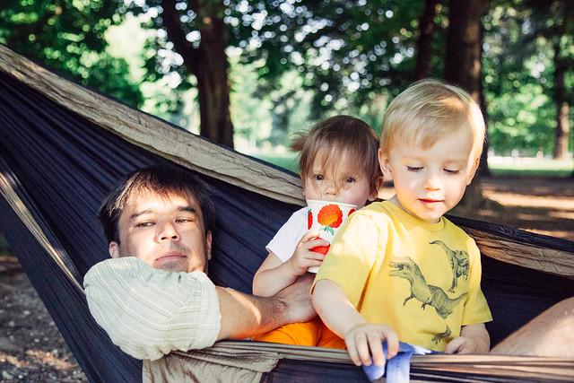 Will Shiloh Daddy in hammock will milan birthday-2