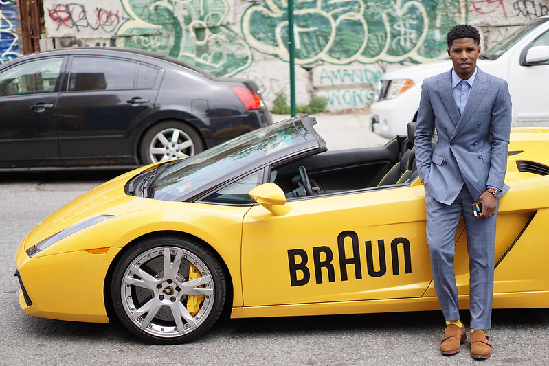 Lambo Yellow - Braun - Grooming