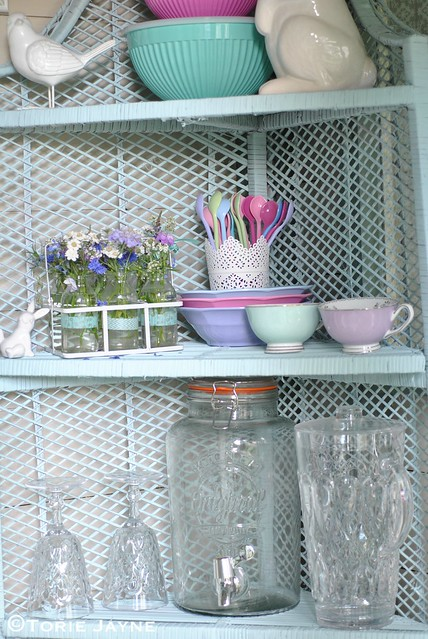 Summer House Corner shelves