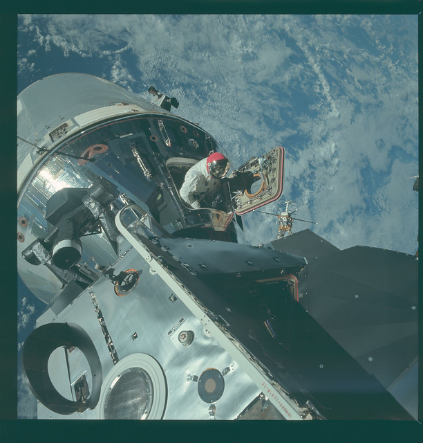 Apollo 9 Magazine 20/E