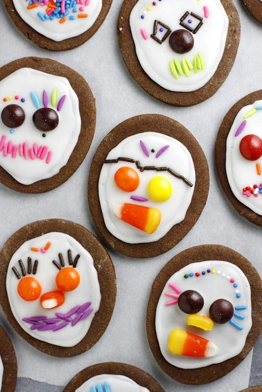 Day of the Dead Cookies | girlversusdough.com @girlversusdough #Halloween #candy #cinnamon #chocolate