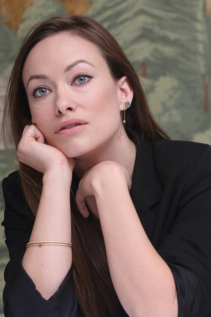 Оливия Уайлд — Пресс-конференция «Винил» 2015 – 25