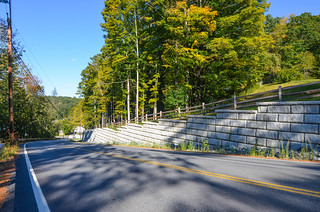 Redi-Rock-limestone-gravity-roads-RRNE-SlaytonHill-3.jpg