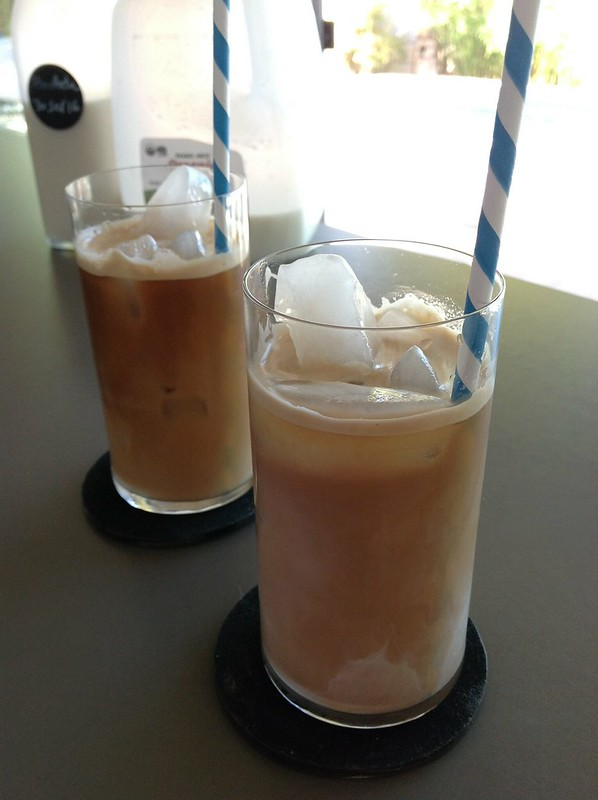 Ice latte & ice coffee + horchata #horchata #drinks #coffee #espresso