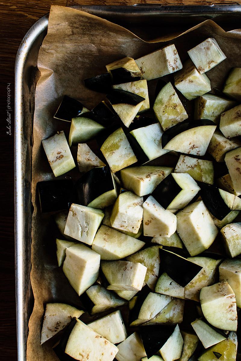 Arroz infusionado con cardamomo y curry de berenjenas