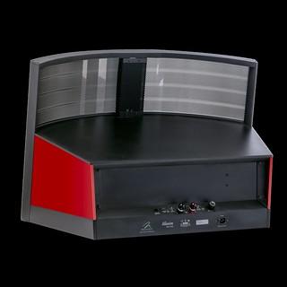 illusion-rear-3qtr-rosso-fuoco