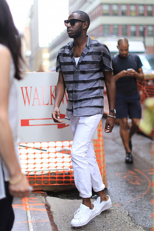 半袖開襟ボーダーシャツ×ホワイトパンツ×adidasスーパースター全白
