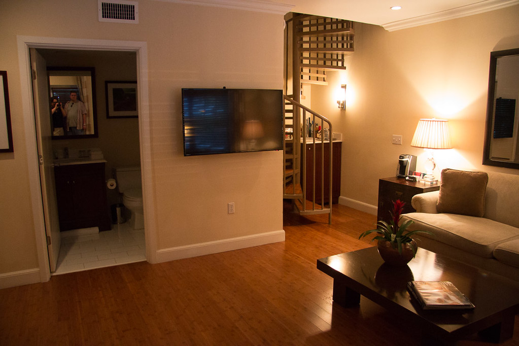 Living room area in Manor Villa Suite | Angler's Hotel Miami | Kimpton