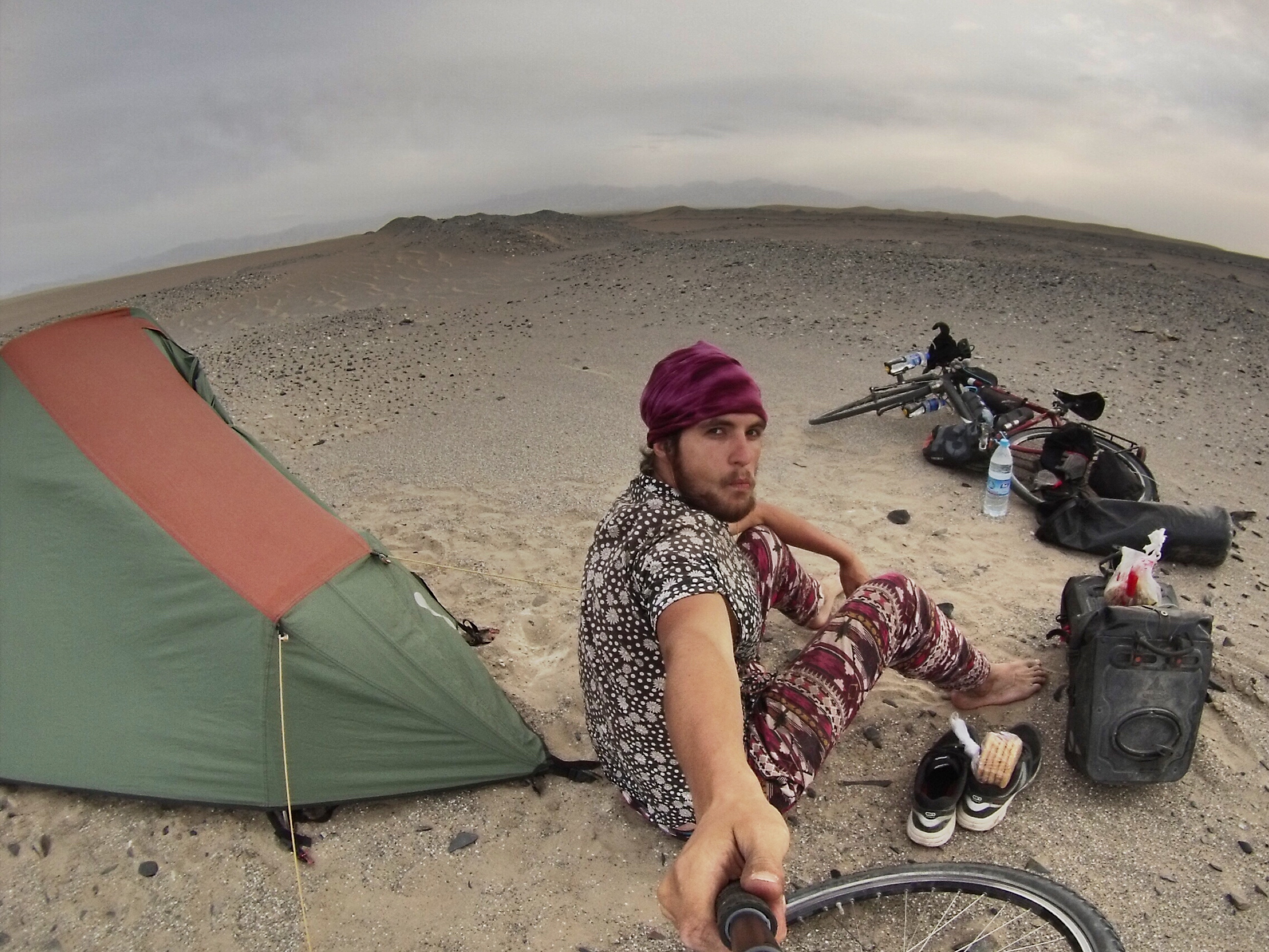 Camping in the Taklamakan desert