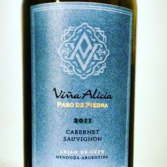 Una agradable sorpresa que encontré en la vinoteca de casa cc @andriucata