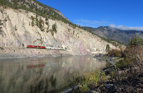 railroad canada train river bc britishcolumbia canadianpacific cp tunnels thompsonriver spencesbridge canpotex potashtrain unittrain thompsonrivercanyon skoonkatunnels