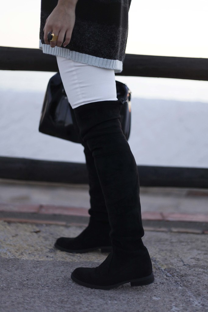 011_Black_and_White_perfect_casual_outfit_theguestgirl