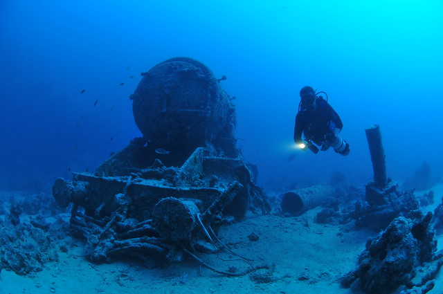 Fri, 11/14/2008 - 11:47 - Shipwrecks 2