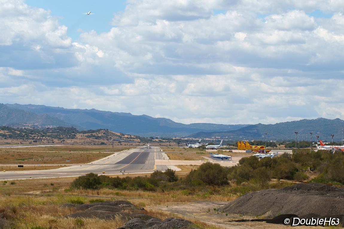Olbia Costa Smerlada aéroport [OLB/LIEO] - Page 3 21451045943_a3bec463d1_o
