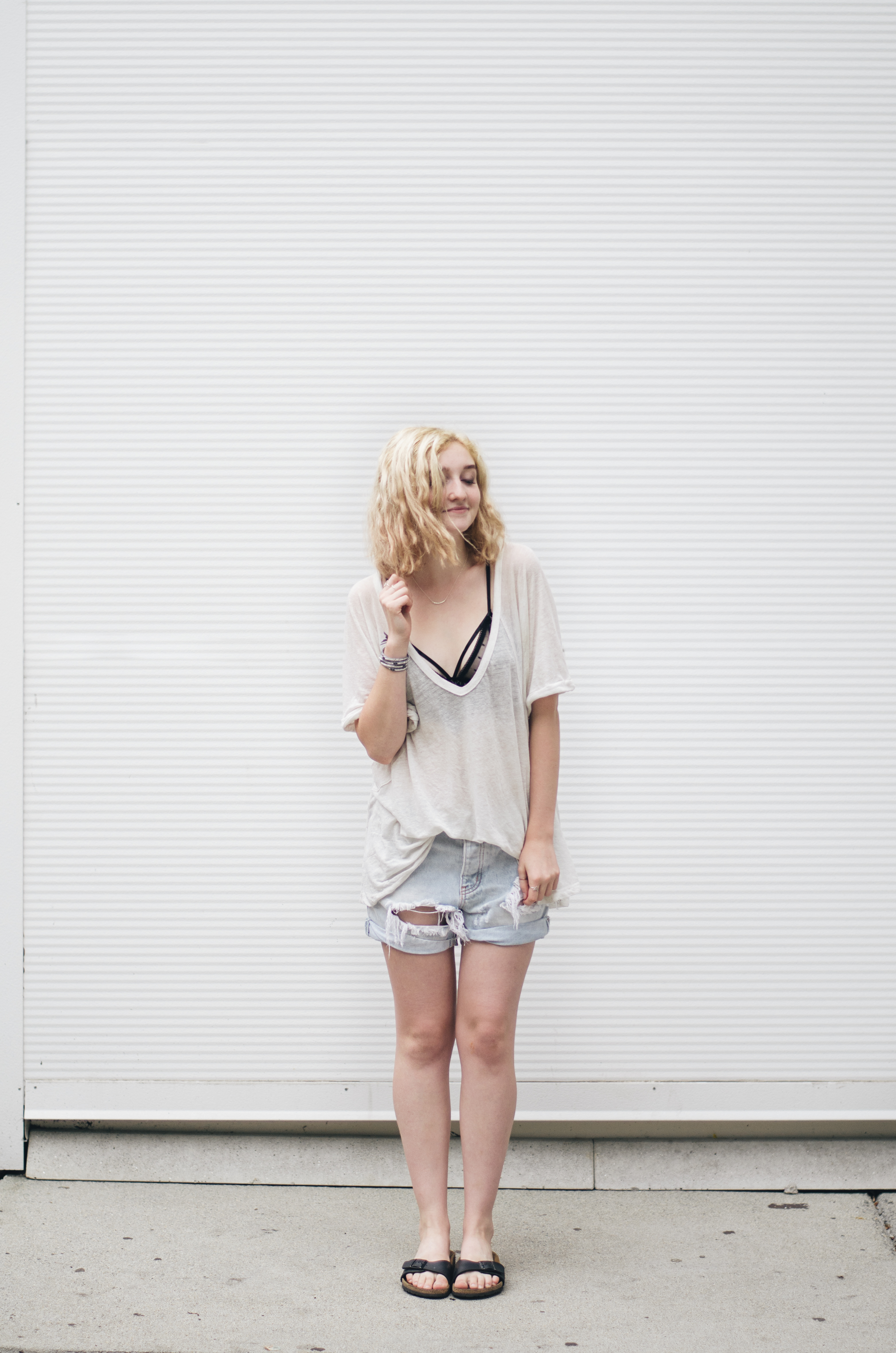 Free People Top, Birkenstocks, One Teaspoon Shorts, and For Love and Lemons on juliettelaura.blogspot.com