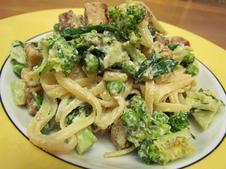 Goddess Noodles with Tempeh and Broccoli