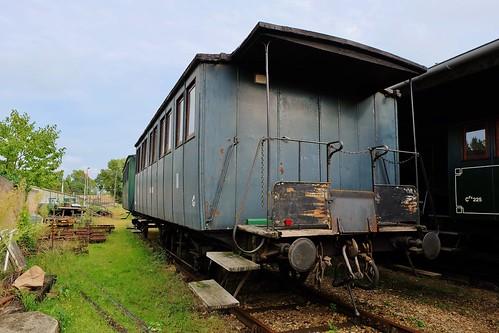 Guitres, anciens trains