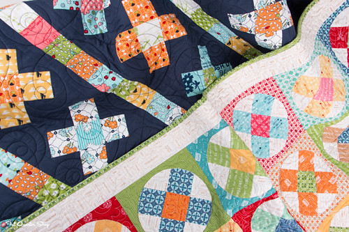 great granny twist blog hop - FQS table runner