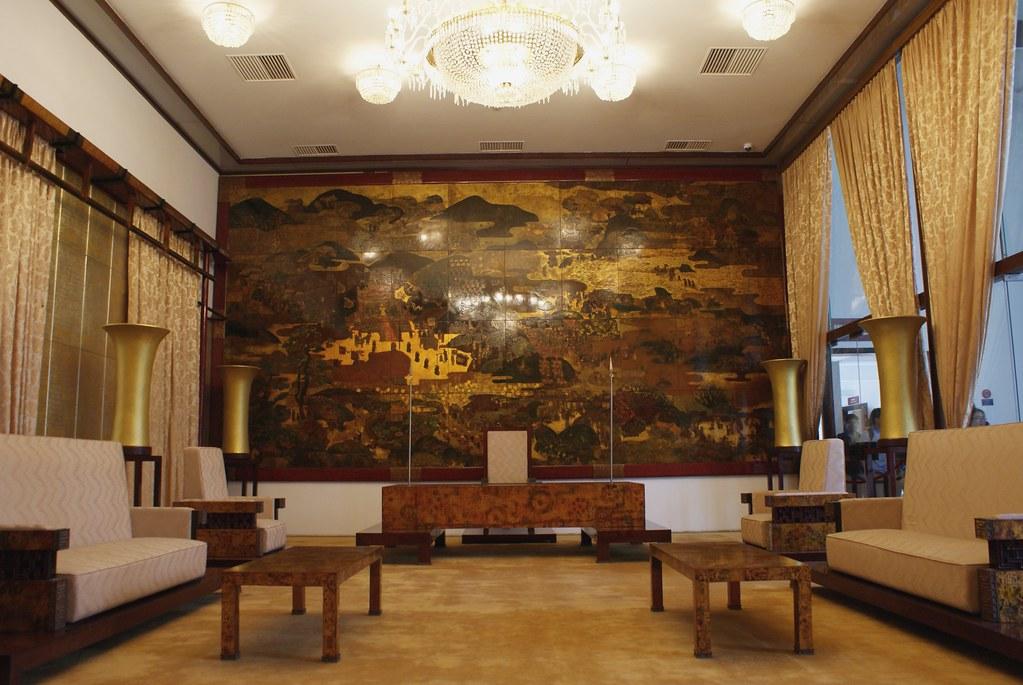 Bureau présidentiel et salle de négociation lors de la guerre du Vietnam entre Sud Vietnamien et Américains.