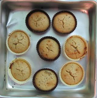 Orange date muffins - step 6