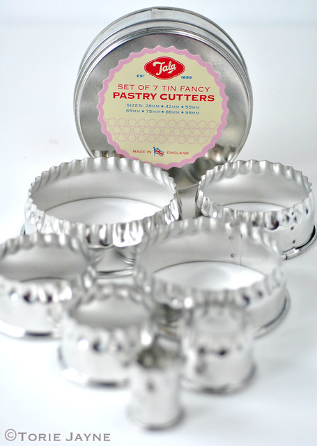 Tala Set Of 7 Tin Fancy Pastry Cutters Torie Jayne