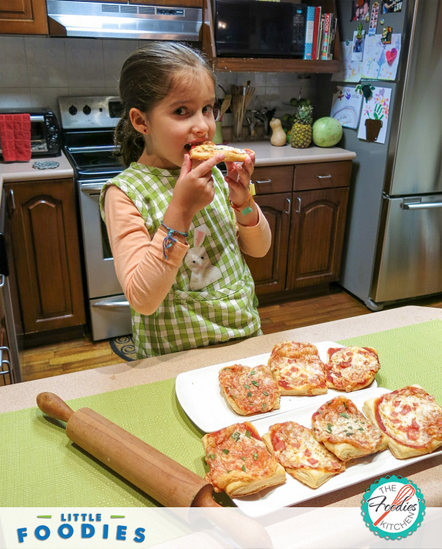 Recipes for Kids: Rustic Mini Pizzas