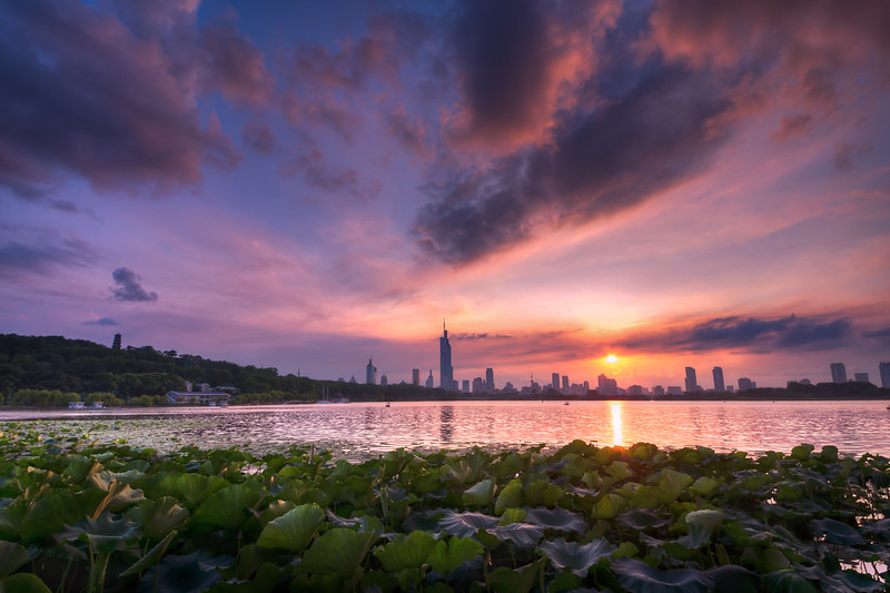 Sunset at Xuanwu Lake in Summer
