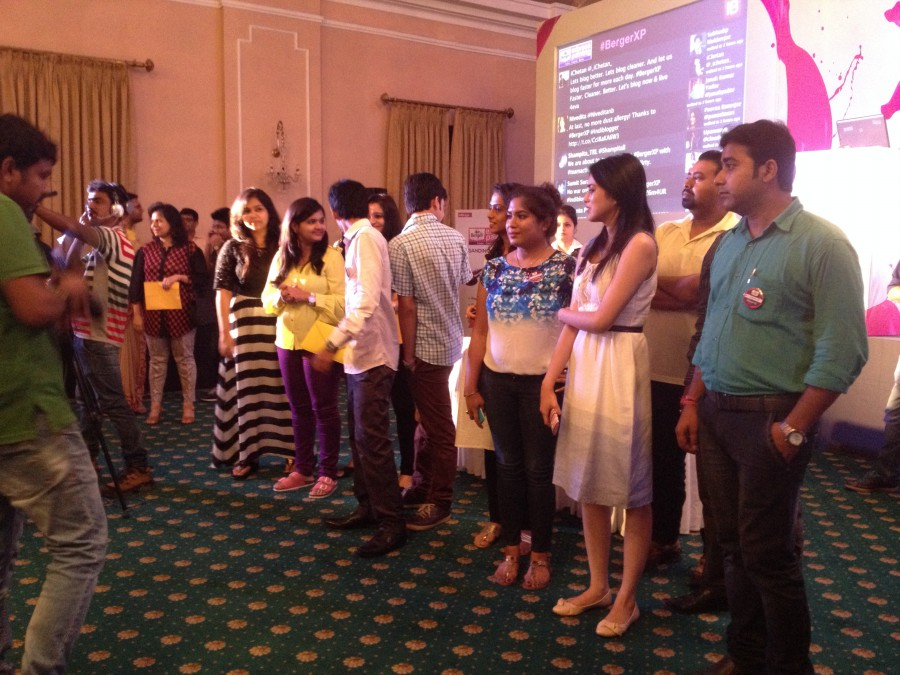 Bloggers from Kolkata - Berger Express Painting IndiBlogger Meet 2015 at The Oberoi Grand, Kolkata